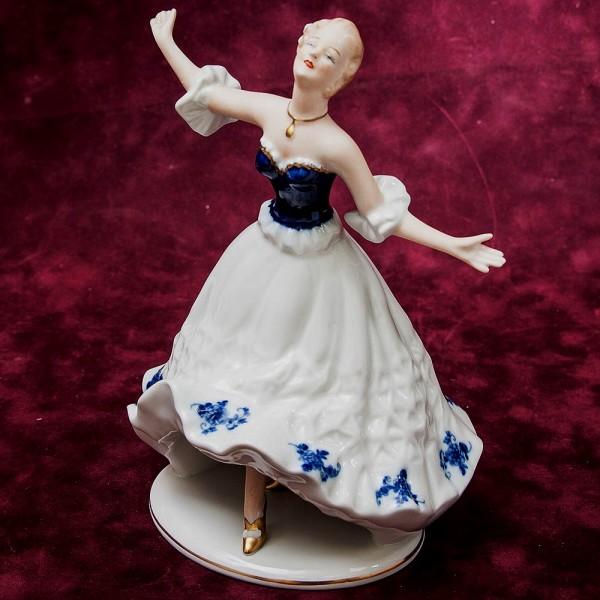 Фарфоровая статуэтка «Балерина» Н-21 см. ВАЛЕНДОРФ - WALLENDORF  Германия - 1963 г..
