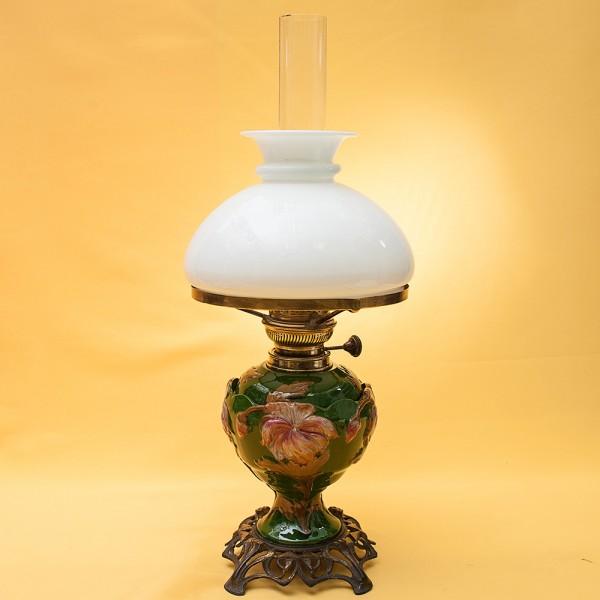Винтажная Керосиновая Лампа с Матовым Стеклянным Плафоном «Augusta - Brenner» Франция.