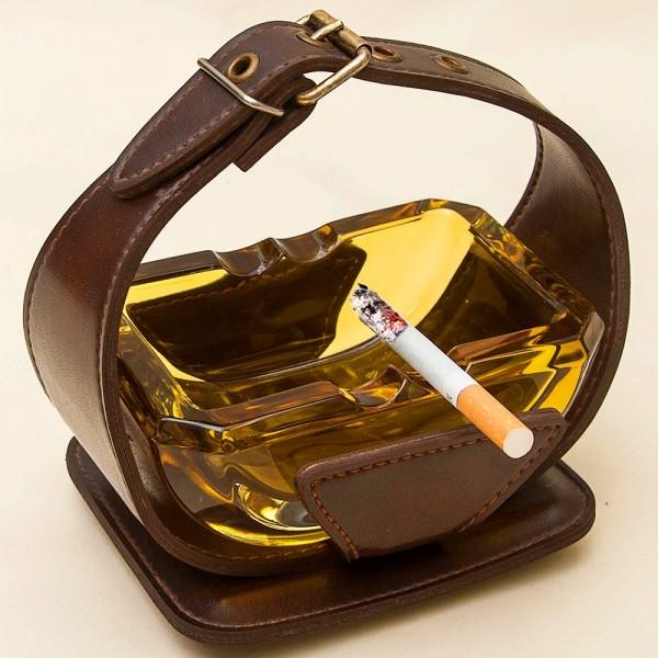 Винтажная Пепельница из Жёлтого Стекла в Кожаном футляре, Германия, 60-е гг.