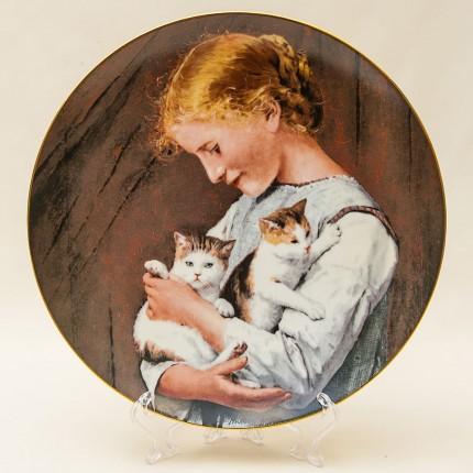 Коллекционная Тарелка «Девочка с кошками» серия «Детские портреты» Швейцария -1990г.