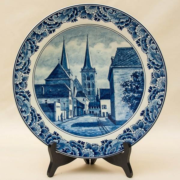 Редкая!!! Коллекционная Фарфоровая тарелка «УЛИЦА СТАРОГО ГОРОДА» DELFTs Голландия d - 29 см.