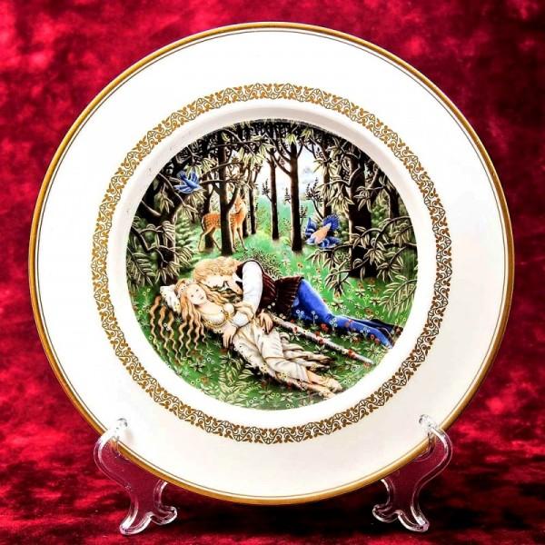Коллекционная Тарелка - Блюдо «Тристан и Изольда» Фарфор, Royal Worchester - Англия.