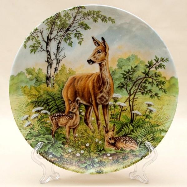 Коллекционная Тарелка «Оленья Семья» Охота, Фарфор KAISER Porzellan Германия -1979 год.