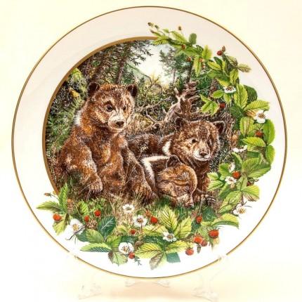 Коллекционная Декоративная Тарелка «Медвежата» Фарфор, D-23,5 см. Германия -1982 год.