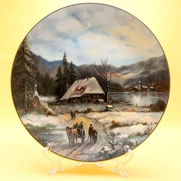 Коллекционная Тарелка «Часовня на дороге» из серии «Рождественские Гуляния» Фарфор, Германия -1989 год.