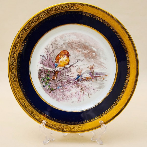 Коллекционная Тарелка «ЗИМА - Птичка на ветке» Фарфор, Лимож (Limoges) Франция.