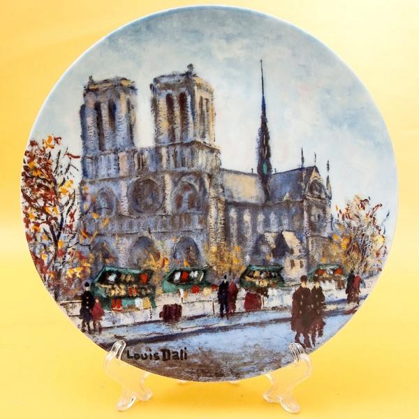 Коллекционная Тарелка «Париж - Собор Парижской Богоматери» Фарфор, Лимож, Limoges, Франция.