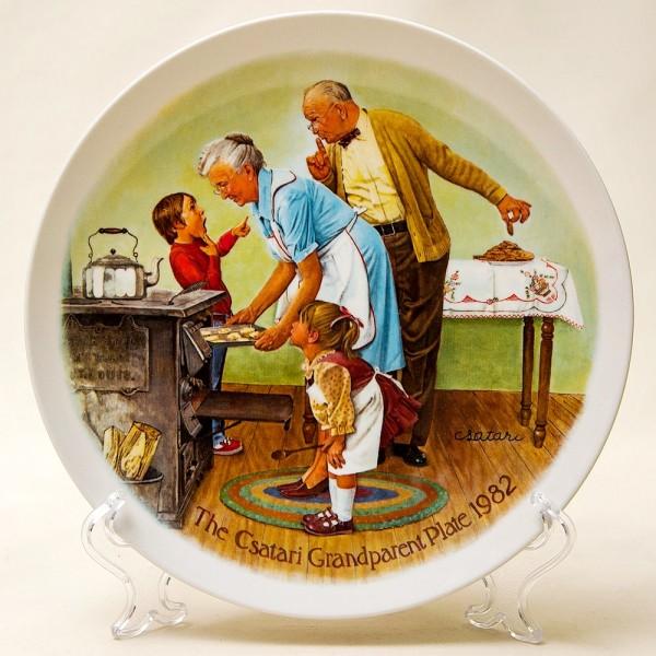Коллекционная Тарелка «Попробуем печенье!»  Фарфор Knowles США -1982 год.