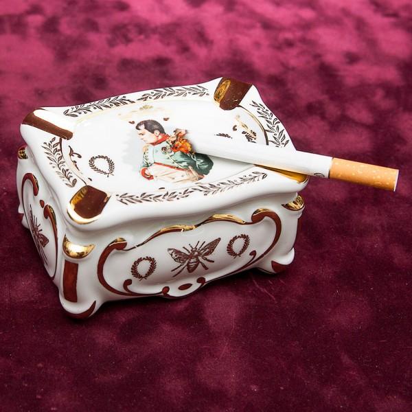 Оригинальная Фарфоровая Пепельница - Шкатулка «Наполеон» Лимож Limoges Франция